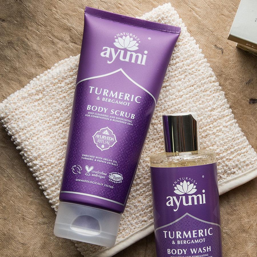 Ayumi_Products_900x900_TurmericBodyScrub2