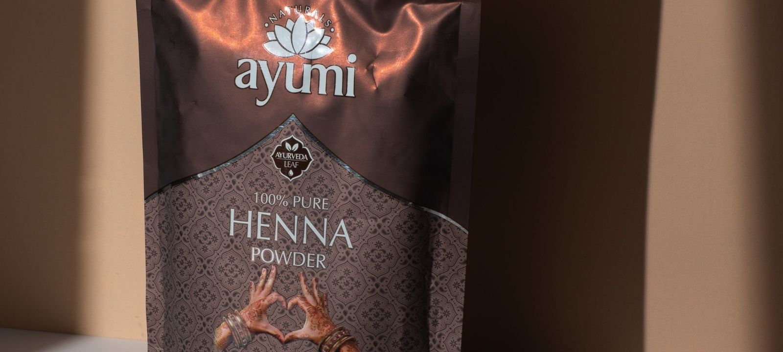 Difference Between Herbal Henna and Pure Henna thumbnail image